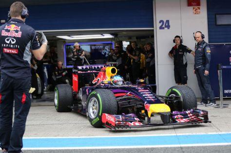 Sebastian-Vettel-Red-Bull-Formel-1-Test-Jerez-28-Januar-2014-fotoshowImage-a33f058a-751368