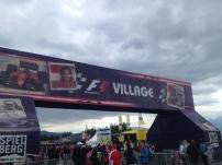 Eingang zum Fan-Village